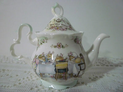 Royal Doulton Brambly Hedge Miniature Teapot Approx. 10cm tall