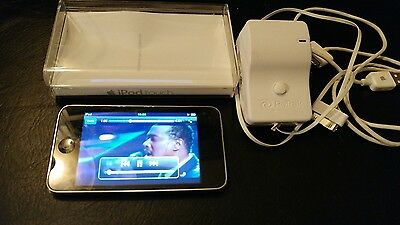 Apple iPod Touch 2nd Generation Silver (8GB) A1288-Used