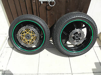 Kawasaki Zx10R Ch 1 04 Wet Wheels And Tyres