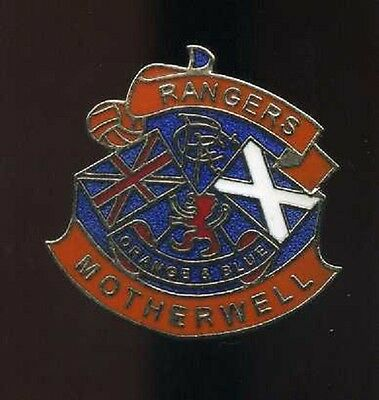 Glasgow Rangers Gers Motherwell Supporters Club Pin Badge