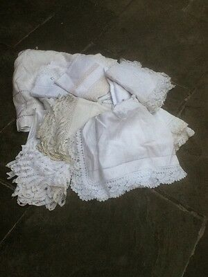 Quantity of Vintage and Antique 12 Table Cloths etc