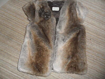 Bnwot Stunning Autograph Girls Fur / Leather Bow Gilet / Waistcoat Age 6-7 Years