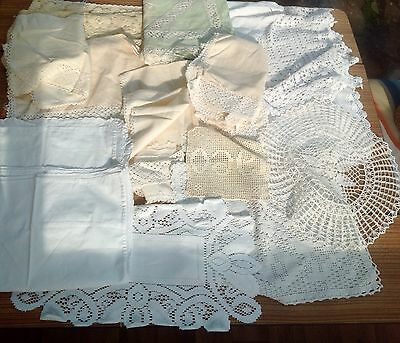 20 Pieces Of Vintage Lace Linens, Table Cloths Table Settings Etc