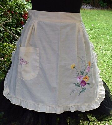 Vintage Apron Cream Cotton with Floral Silks Emboidery Pink P