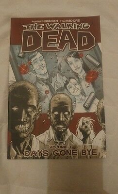 The Walking Dead Graphic Novel 'Days Gone By' - Volume 1