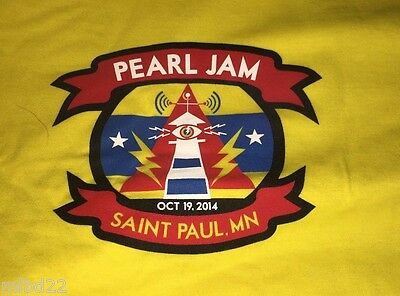 PEARL JAM - St Paul MN T-SHIRT Size XXL - Oct 19 2013 WOW lightning bolt