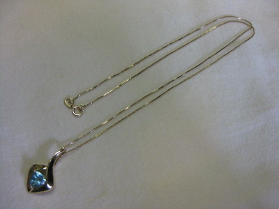 "14K Yellow Gold Blue Topaz Necklace - 18"" Italy"