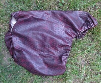 Unique English Brown Saddle Cover - Leather-look design - Water Resistant - NICE