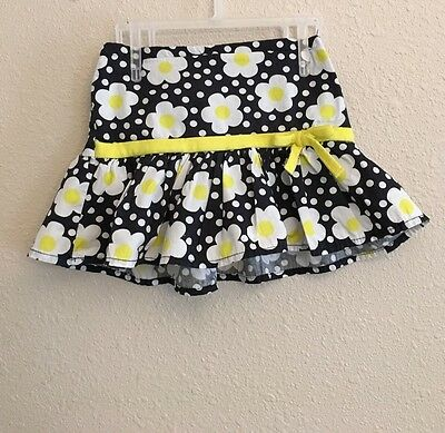 Toddler girls Disney skirt size 2T with built in shorts flowers