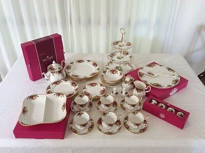 53 piece set  royal albert old country roses dinner ware
