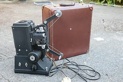 Vintage Specto Type D 9.5 mm film Projector,In Case-Film-Stage prop