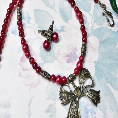 Red Pearl Bronzed Bow charm short necklace earrings set, clip on or pierced