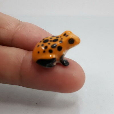 Thai Yellow Frog Pottery Figurine Miniature Ceramic Animal  Handcraft.