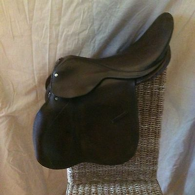 "Horse Saddle 17"" Brown Leather English"