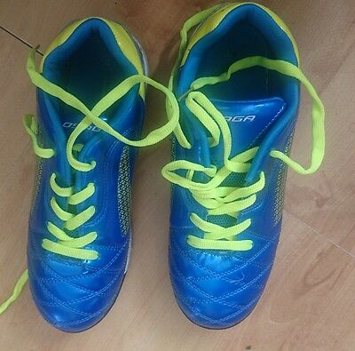 astro turf trainers size 4