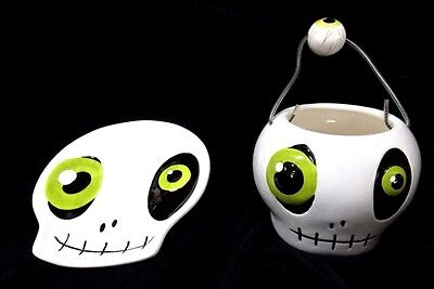 Halloween Ceramic skull plate and bowl 2pc. set