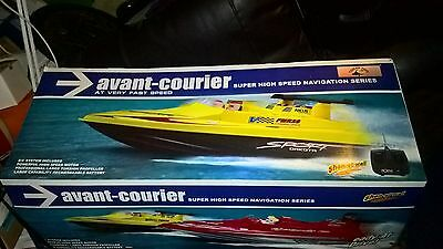 """28"""" Avant Courier Blazing Fast Radio RC Electric EP Racing Boat RTR red"""
