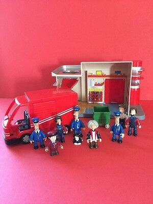 Postman Pat Playset Van With Sounds Sorting Office And 9 Figures