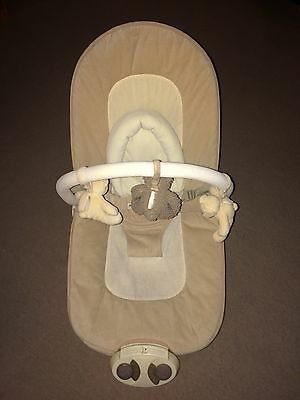 mamas and papas baby bouncer (optional Music & Vibration)