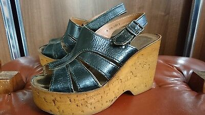 Vintage 70s black patent wedges