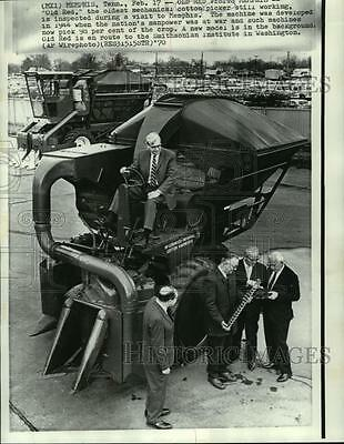 "1970 Press Photo ""Old Red,"" the oldest functioning mechanical cotton picker"