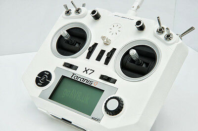 \ FrSky Taranis Q X7 (QX7) - White - Mode 2 - EU LBT \ UK company & stock