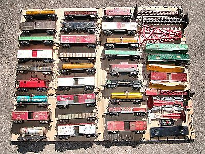 MARX AMERICAN FLYER LIONEL O SCALE FREIGHT CARS and ACCESSORIES LOT