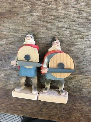 Pair Viking Soldiers  Warriors Hand Carved Wood Made In 🇳🇴 Norway By Henning