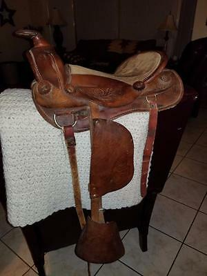 Saddle Leather Youth Childs Riding Equestrian Horse Pony Vintage