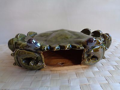 Vintage Hand Crafted Pottery Asian Shore Crab Wall Pocket Vase Chinese Stamp