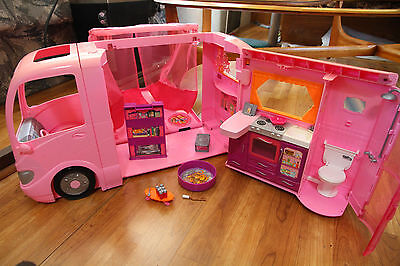 Barbie Glamour Camper w/ Accessories Sound Works Pop Out Pink RV Mattel 2008