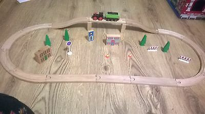 wooden train track compatible with brio, thomas, bigjigs L6