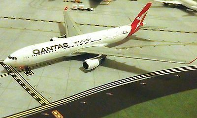 "Qantas A330 ""New Livery"" Model Aircraft 1/400 Scale Gemini Jets"