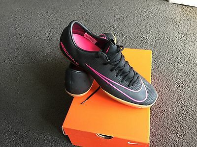 NEW Nike MERCURIALX VICTORY VI IC -  Mens US 10 Size Shoes Football & Soccer