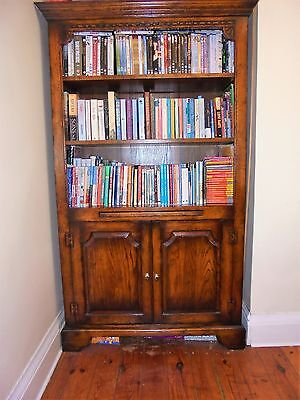 Oak bookcases (Matching Pair)