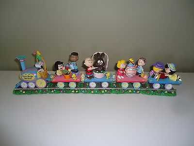 Danbury Mint Peanuts Easter Beagle Eggs-press Train RARE!!!  Last Time Listing!