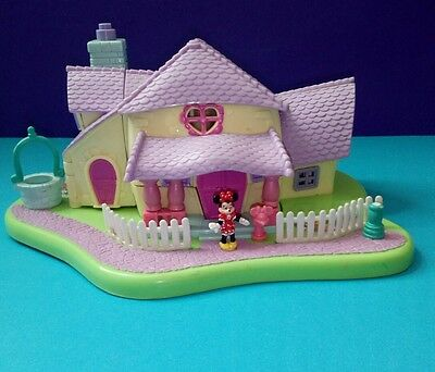 Vintage Disney Polly Pocket Minnie's Surprise Party (1995) with Minnie and Daisy