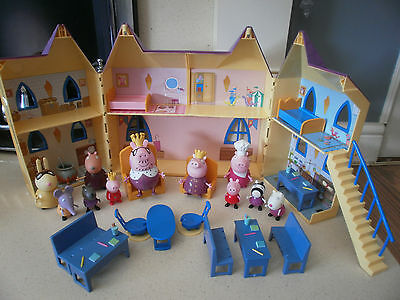 Peppa Pig House~  Family & Furniture