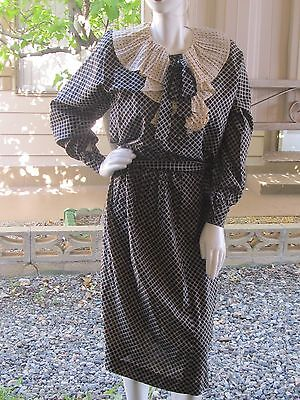 1970's Women's Adolfo Blouse and Skirt Outfit