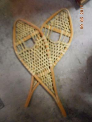 VINTAGE Snowshoes Ready To Hang for Decoration 42 X 14 GROS LOUIS