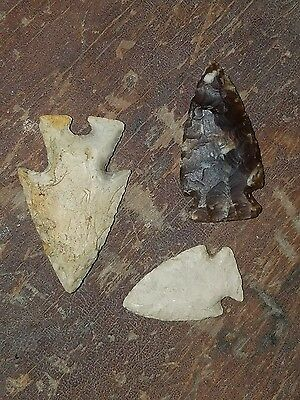 Group of 3 ARROWHEAD Indian Artifact Artifacts