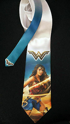 L@@K! Wonder Woman Gal Gadot - Amazon Diana Prince fan art Neck tie