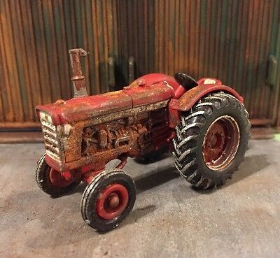 IH Abandoned Weathered 1/64 Tractor ERTL Diecast Farm Rusty Patina Barn Find