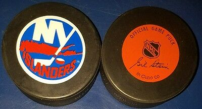 LOT 2 vintage 1990s NEW YORK NY ISLANDERS  NHL inglasco OFFICIAL PRO GAME PUCK