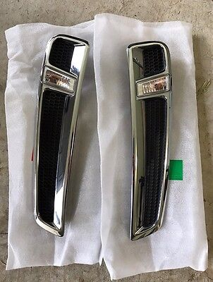 Genuine Holden Chrome Front Fender Vents with Flashers for VF Commodore