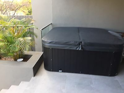 Oz Splash 6 Seater Spa