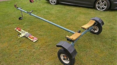 Dinghy/sailing boat trailer launcher