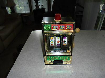 vintage casino gold 3 coin pull slot machine clean working condition