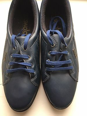 Ladies Navy Golf Shoes Size 5.5