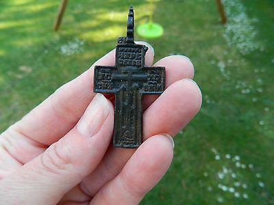 post medieval religious cross crucifix metal detecting detector